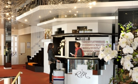 3-Lourdes-hotel-Roc-de-massabielle--2--3.jpg
