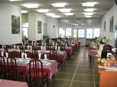 0-Lourdes-hotel-de-Biarritz--1-.JPG