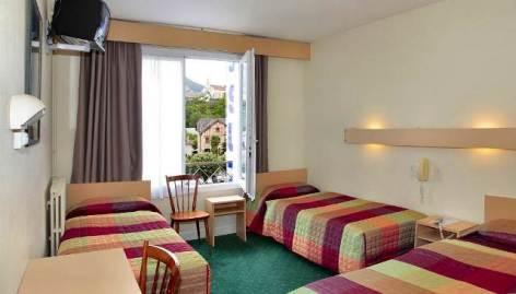 1-Lourdes-hotel-Sainte-Suzanne--1-.jpg