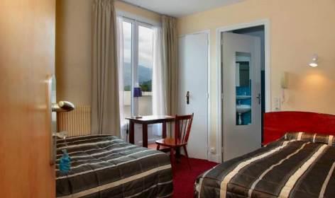 3-Lourdes-hotel-Sainte-Suzanne--12-.jpg
