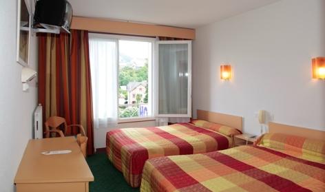 4-Lourdes-hotel-Sainte-Suzanne--8-.jpg