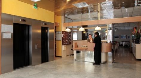 9-Lourdes-hotel-Sainte-Suzanne--3-.jpg