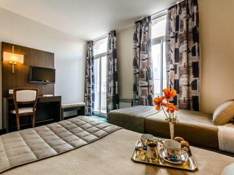 1-Lourdes-hotel-Croix-des-Bretons--1-.jpg