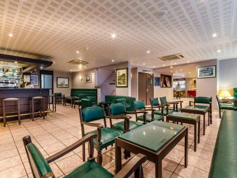 10-Lourdes-hotel-Croix-des-Bretons--9-.jpg