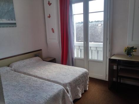 3-Lourdes-hotel-des-Arts--8-.jpg