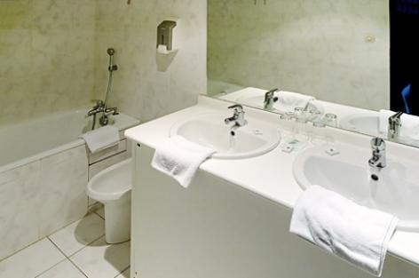 4-Lourdes-Hotel-Angelic--3-.jpg