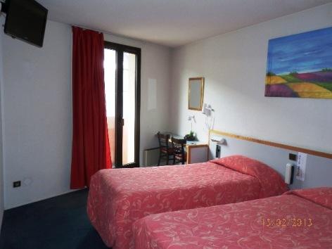 0-Lourdes-hotel-de-Paris--5-.JPG