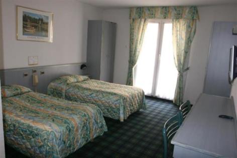 2-Lourdes-hotel-Chrsit-Roi--3-.jpg