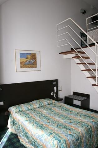 3-Lourdes-hotel-Chrsit-Roi--1-.jpg