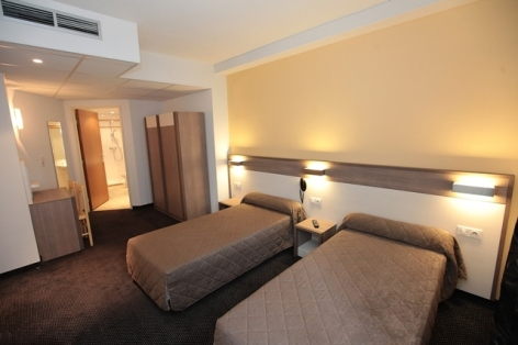 0-Lourdes-hotel-Florida--6-.JPG