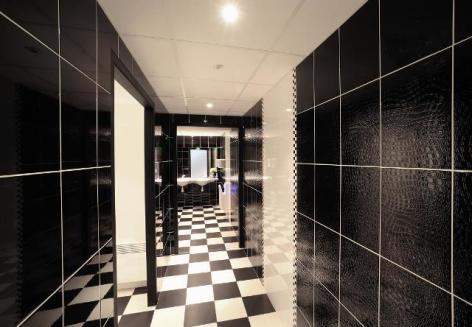 1-Lourdes-hotel-Gloria---Gloria-Avenue--1-.JPG