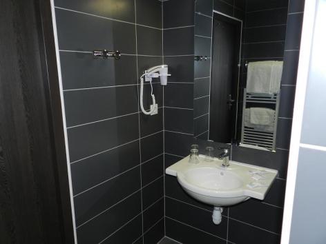 10-Lourdes-hotel-Gloria--4--2.jpg