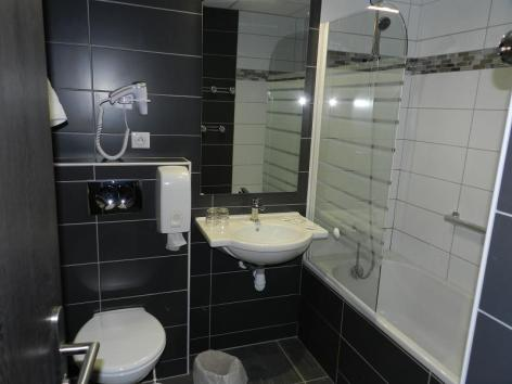 13-Lourdes-hotel-Gloria--7-.jpg