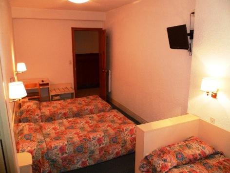 2-Lourdes-hotel-Gloria--3-.JPG