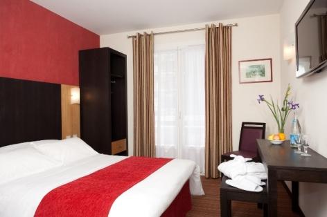 1-Lourdes-hotel-Roissy--4-.jpg