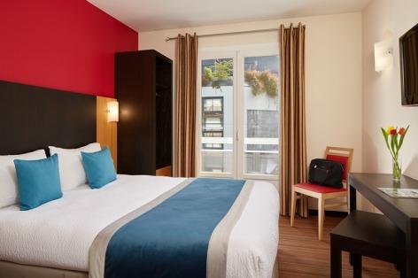 11-Lourdes-hotel-Roissy--3--2.jpg