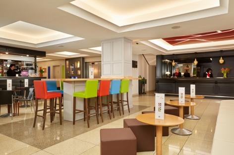 13-Lourdes-hotel-Roissy--7--2.jpg