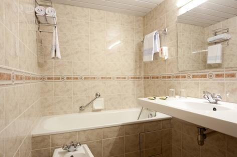 14-Lourdes-hotel-Roissy--23-.jpg