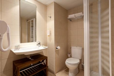 20-Lourdes-hotel-Roissy--24-.jpg