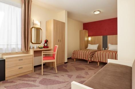 31-Lourdes-hotel-Roissy--8--2.jpg