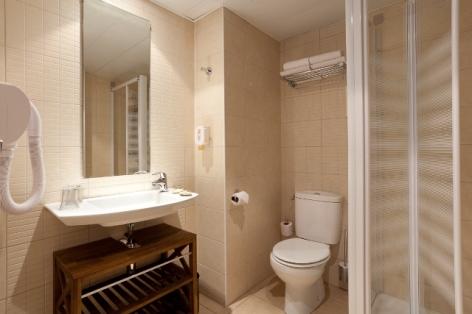 6-Lourdes-hotel-Roissy--6-.jpg