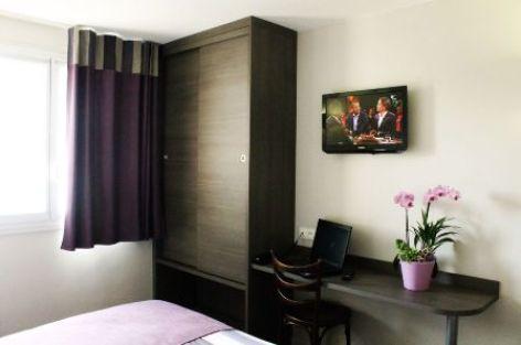 3-Lourdes-Hotel-des-Rosiers--2-.JPG