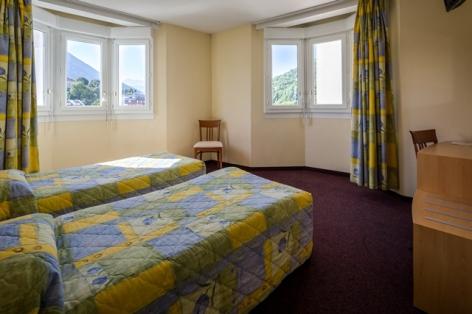 2-Lourdes-hotel-Saint-georges--4--2.jpg