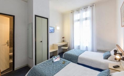0-Hotel-Aneto-Lourdes-chambre-double.jpg