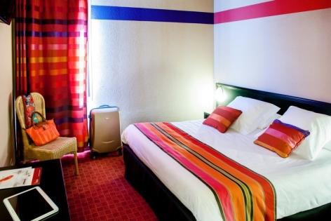 4-Lourdes-hotel-Saint-Sauveur.jpg