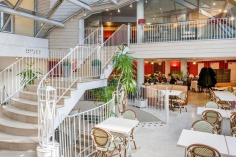 7-HPH109-Bar.Hotel-Saint-Sauveur.Lourdes-2.jpg