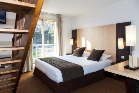 3-HPH140---HOTEL-BEAU-SITE---CH-Duplex-bis---LOURDES.jpg