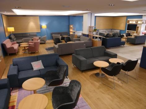 1-HPH139---HOTEL-PADOUE---HALL-haut-1---LOURDES.JPG