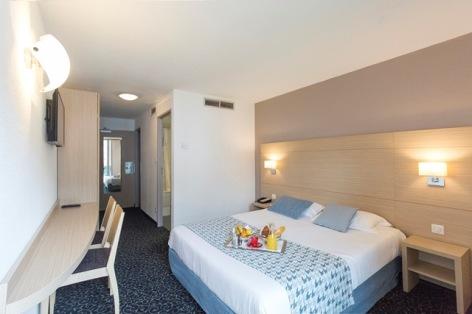 10-HPH137----HOTEL-MEDITERRANEE---5.jpg.jpg