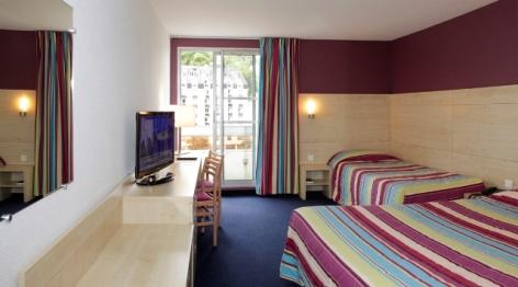 2-Lourdes-hotel-Alba--1-.jpg