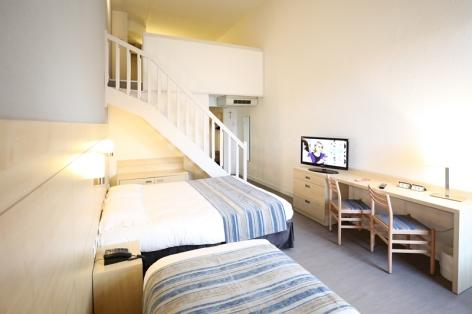 2-Lourdes-hotel-Alba-chambre-duplex.jpg