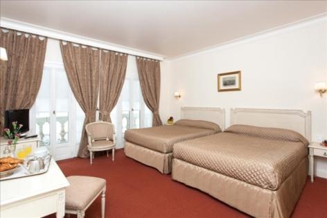 1-Lourdes-hotel-Moderne--16-.jpg