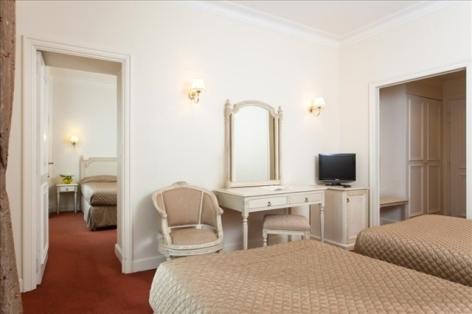 10-Lourdes-hotel-Moderne--17-.jpg