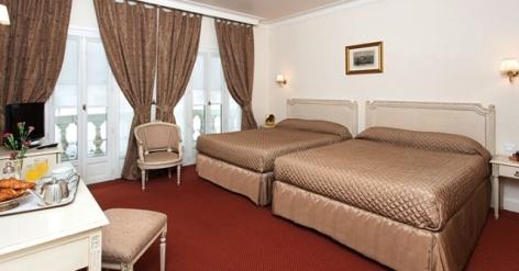 12-Lourdes-hotel-Moderne--4-.jpg