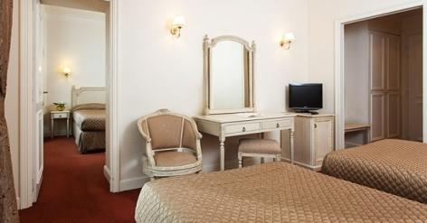 5-Lourdes-hotel-Moderne--8-.jpg
