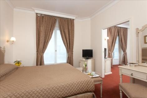9-Lourdes-hotel-Moderne--15-.jpg