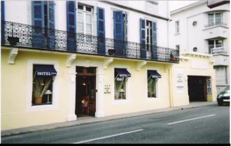 8-Lourdes-hotel-de-Nevers.jpg