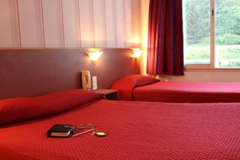 0-Lourdes-Hotel-Florida--3--2.jpg