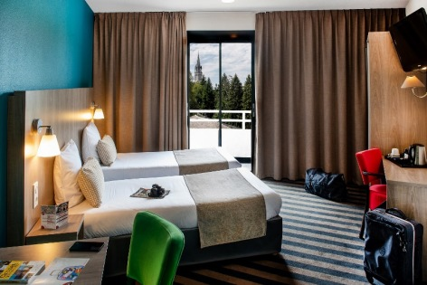15-Lourdes-hotel-Panorama--4--2.jpg