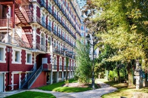 0-HPH126---HOTEL-GALLIA---LONDRES---Lourdes---Facade.jpg