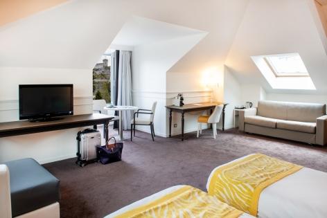 22-HPH126---HOTEL-GALLA---LONDRES---CH-FAMILLE-4----LOURDES.jpg