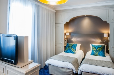 31-HPH126---HOTEL-GALLA---LONDRES---CH-triple-4----LOURDES.jpg