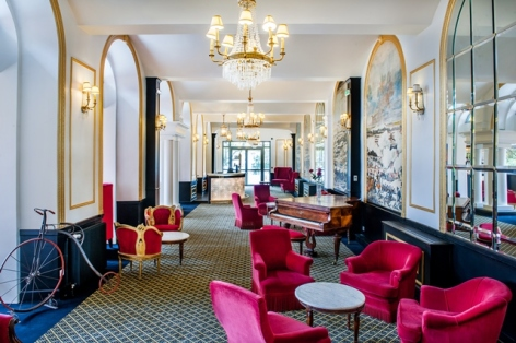 5-HPH126---HOTEL-GALLIA---LONDRES---Lourdes--Salon---bar.jpg
