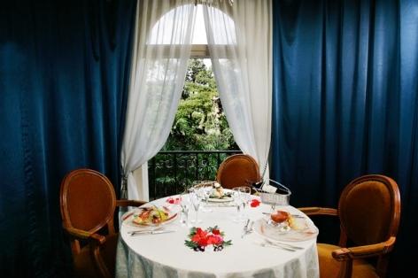8-HPH126---HOTEL-GALLIA---LONDRES---Lourdes---Restaurant--loge-privative.jpg