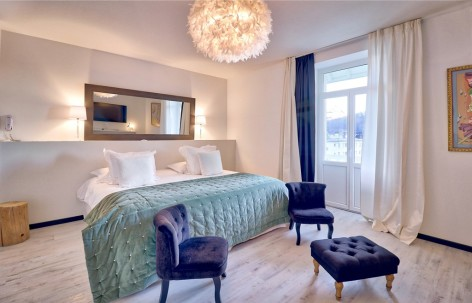11-HPH148---GRAND-HOTEL-BELFRY---Suite---LOURDES.jpg