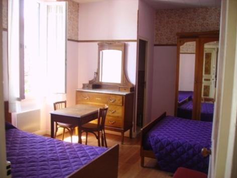 2-Lourdes-hotel-Clos-Fleuri.jpg